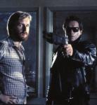 James Cameron et Arnold Schwarzenegger sur le tournage de Terminator.